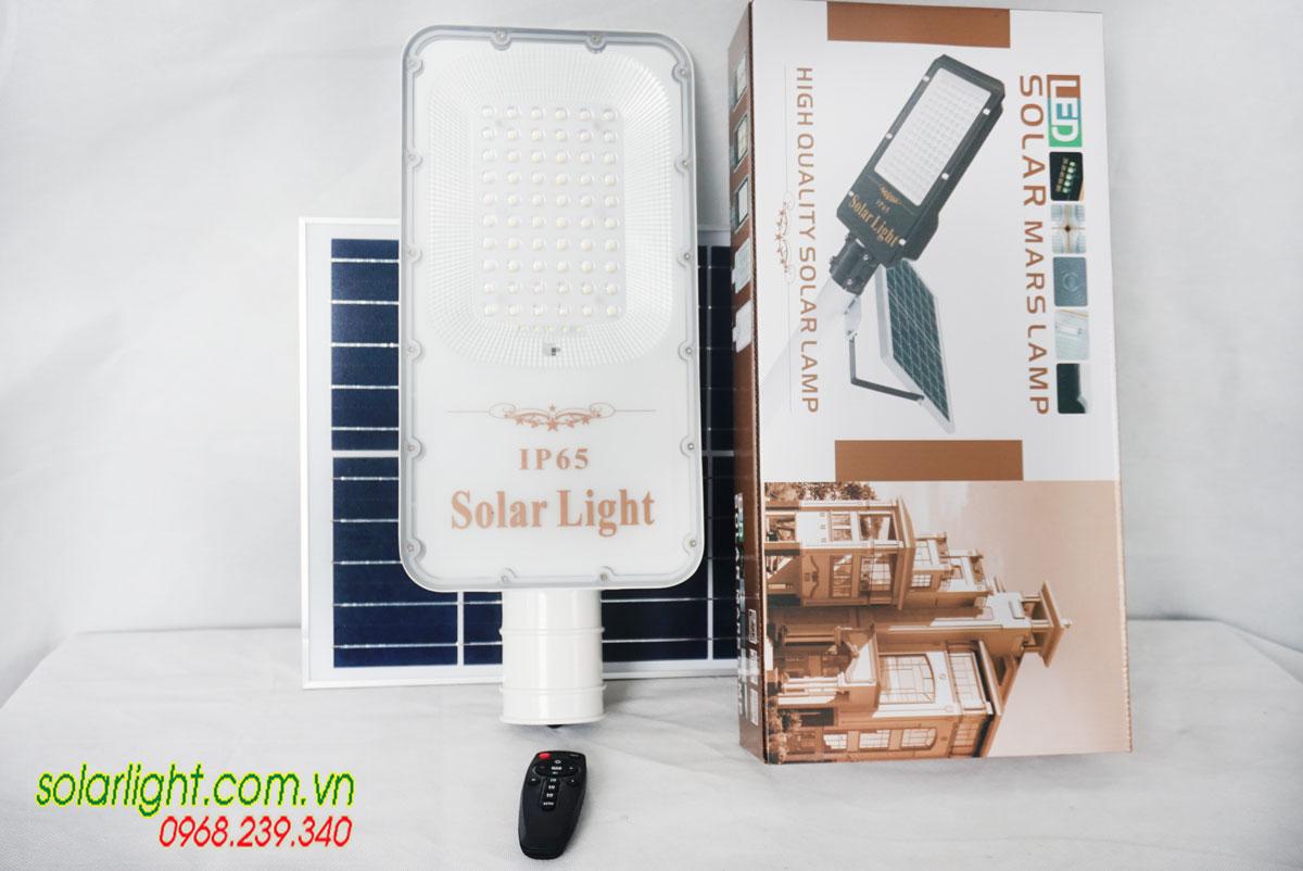 Đèn đường năng lượng mặt trời 200W cao cấp Roiled E-200W
